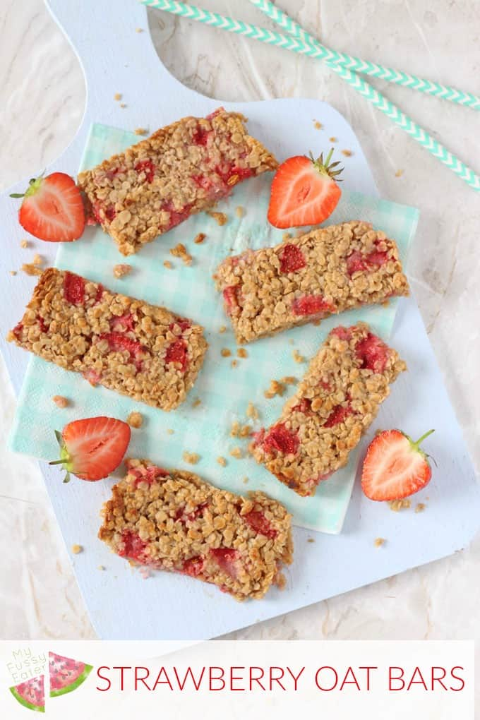 A delicious soft oat bar recipe packed full with sweet strawberries. A tasty and healthy snack for toddlers and older kids!