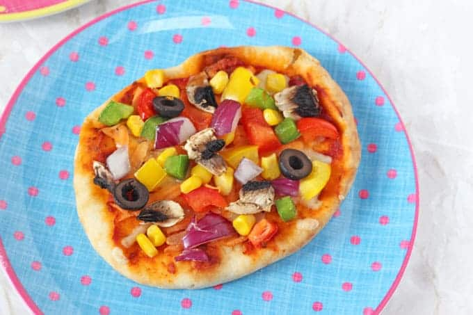 DIY Pitta Bread Pizza for Kids  My Fussy Eater  Healthy