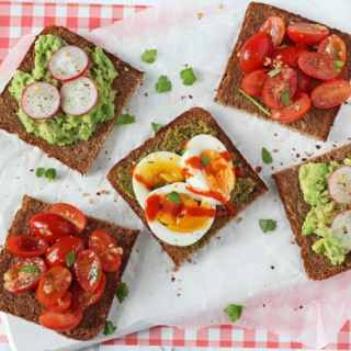 Delicious open rye bread sandwiches, quick and easy to whip up for a healthy lunch at home!