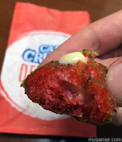 This one oozed out the top gamer's gullet: taco bell's cap'n crunch delights Gamer's Gullet: Taco Bell's Cap'n Crunch Delights Review IMG 1220