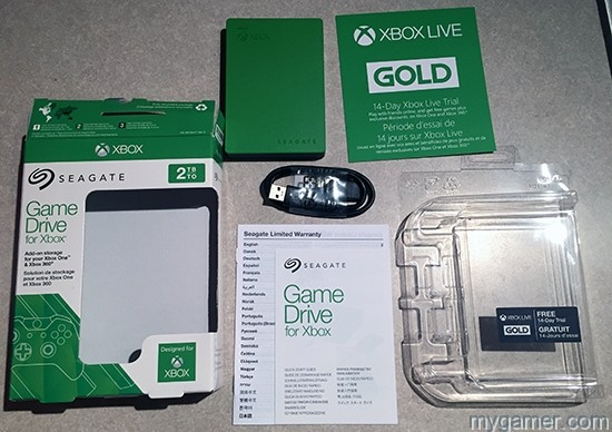 Comes with everything you see here. Seagate 2TB External Game Drive for Xbox One and Xbox 360 Seagate 2TB External Game Drive for Xbox One and Xbox 360 Review Xbox 2TB HD All