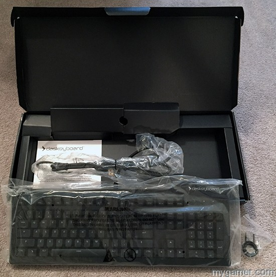 Comes with everything you need Das Keyboard Prime 13 Review Das Keyboard Prime 13 Review Das Keyboard Prime13 BoxOpen2