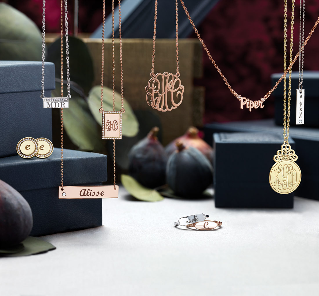 personalized jewelry gifts for