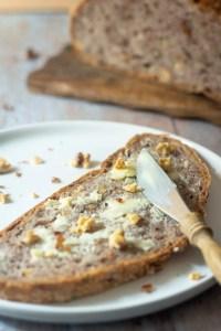 Walnut Bread ('Walnussbrot')