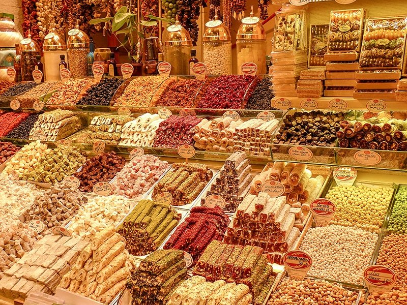 You'll have no problem finding sweets in Istanbul. Be sure to take some home with you if you can!