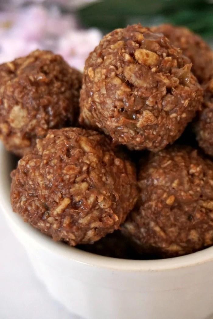 Rice krispies peanut butter ballsRice krispies peanut butter balls