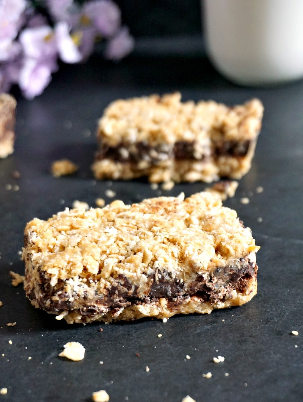 Healthy no-bake chocolate oat bars with peanut butter V+GF