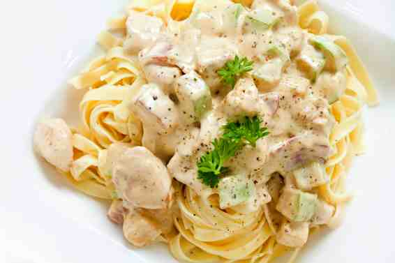 Tagliatelle with Chicken and Feta sauce