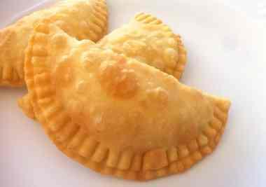 Cheese Pies from Milos (Pitarakia Milou)