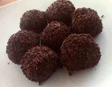 Greek Chocolate Truffles (Troufakia)