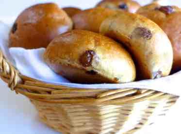 Raisin Bread (Stafidopsomo)