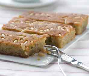 Samali recipe (Extra syrupy Greek semolina cake)-1