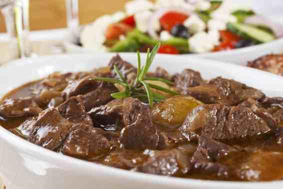 Traditional Greek lemon beef stew recipe (Moschari lemonato)