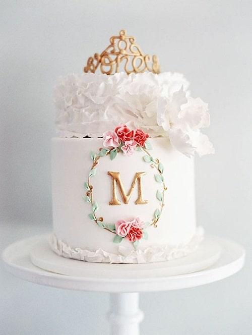 Elegant White Birthday Cakes for Girls