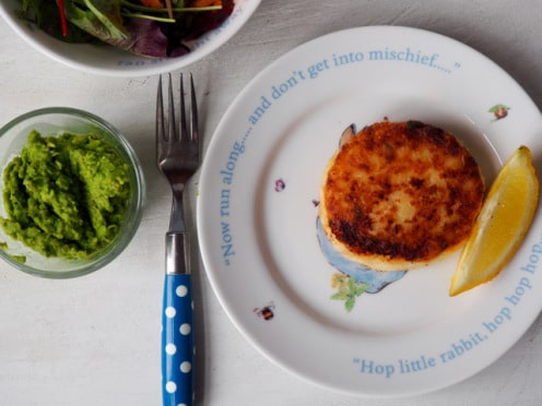 fish cakes and mushy peas