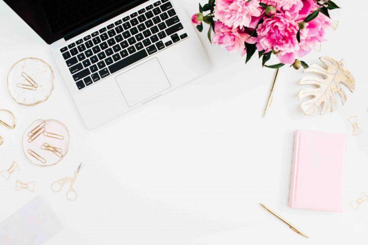 bloggers essentials