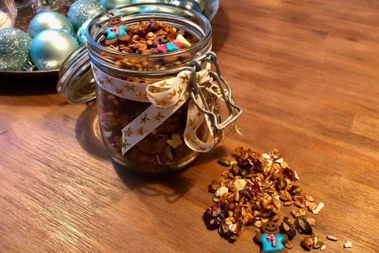 Gingerbread granola (kerst granola)