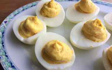gevulde eieren met kerriemayonaise