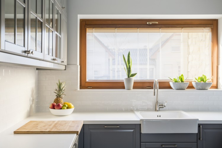 raamdecoratie voor in de keuken