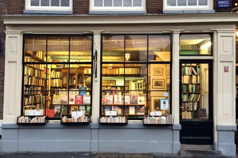 Ein Buchladen an den Grachten