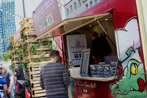 Der Soul Food Truck hingegen bringt das Flair von New Orleans in den Norden