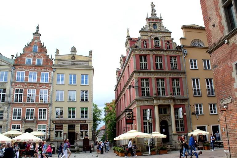Hübsche Fassaden am langen Markt