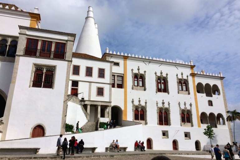Der Palacio Nacional de Sintra mit seinen Türmen