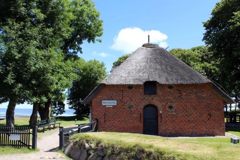 Das Altfriesisches Haus liegt direkt am Wattenmeer