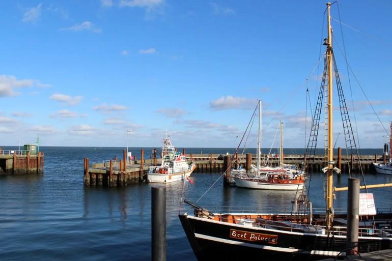 Der kleine Hafen in List, nebenan fahren die Fähren nach Dänemark ab
