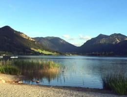 Rund ums Jahr eine schöne Tour: der Seeumrundung am Schliersee