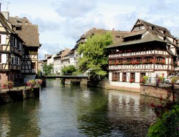 Das Maison des Tanneurs aus dem Jahr 1572 ist das markanteste und bekannteste der alten Gerberhäuser