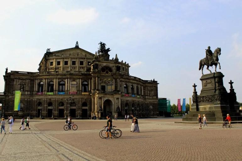 Ein weiteres Dresdner Wahrzeichen: die Semperoper