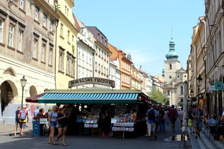 Markttreiben seit dem Mittelalter: Rund um die Laubengänge auf dem Havelska Markt