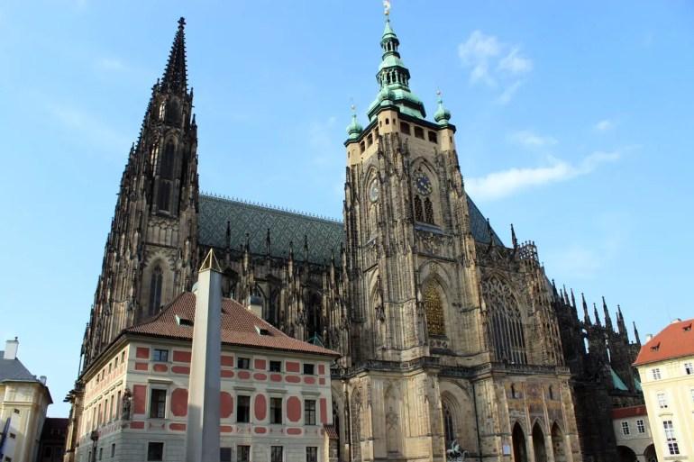 Zentrum der Prager Burg: der imposante St.-Veits-Dom