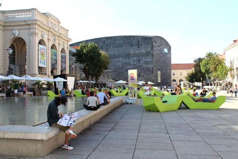 Kunst, Kultur und Relaxen im Museumsquartier
