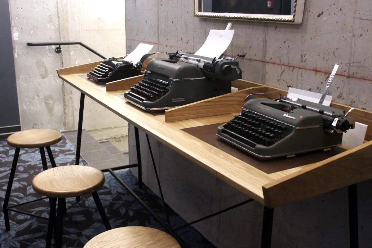 Eine Reminiszenz an das königlichen Telegrafen-Centralstation: die Schreibmaschinen im eresten Stock