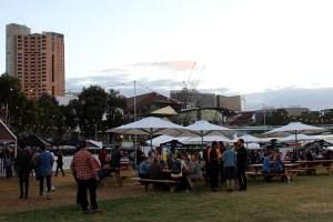 Während des Adelaide Festivals im März verwandelt sich die ganze Stadt in eine Bühne