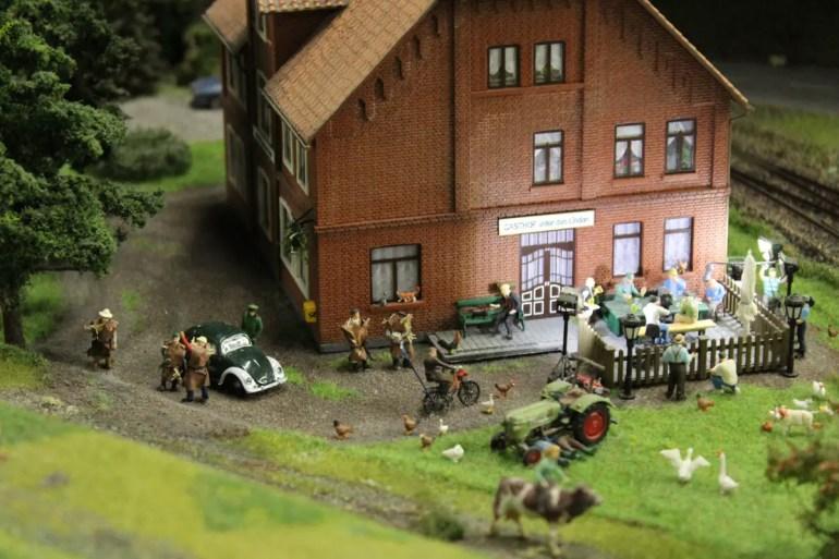 """Die NDR-Kultserie """"Neues aus Büttenwarder"""" hat es auch ins Miniatur Wunderland geschafft"""