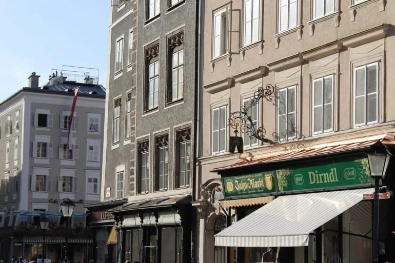 Fassaden in Salzburgs Altstadt