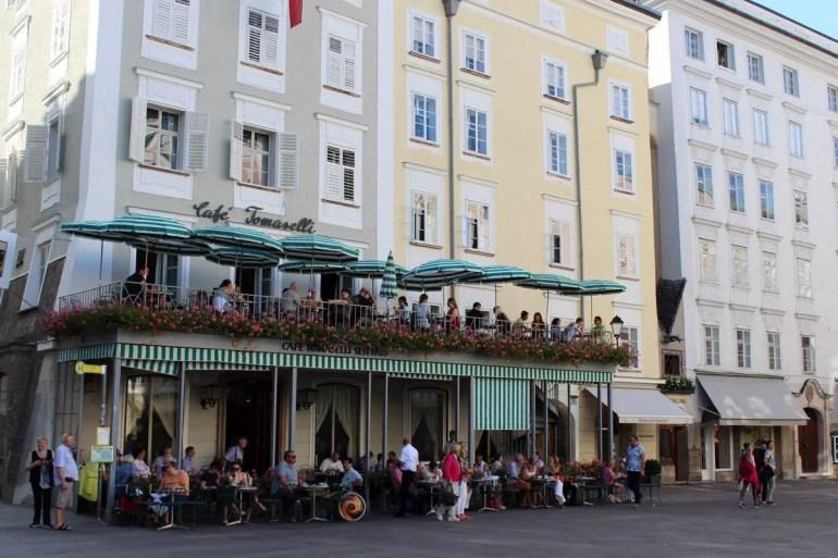 Das 1705 gegründete Café Tomaselli am Alten Markt ist das älteste Kaffeehaus Österreichs