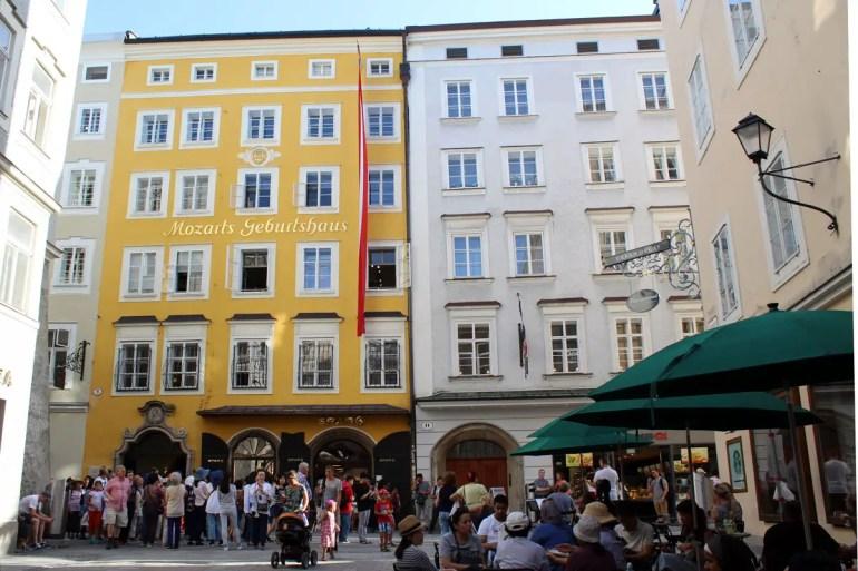 Ein Muss für Fans von Österreichs Musikgenie: Mozarts Geburtshaus in der Getreidegasse