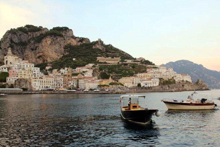 Der Hafen von Amalfi, früher Zentrum einer Seerepublik