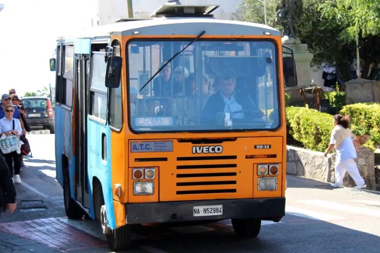 Spektakulär: eine Fahrt mit den Bussen über die Insel