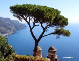 Spätsommer am Meer: An der Amalfiküste gibt's dazu atemberaubende Ausblicke
