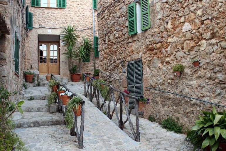Valldemossa ist eines der hübschesten Dörfer auf Mallorca