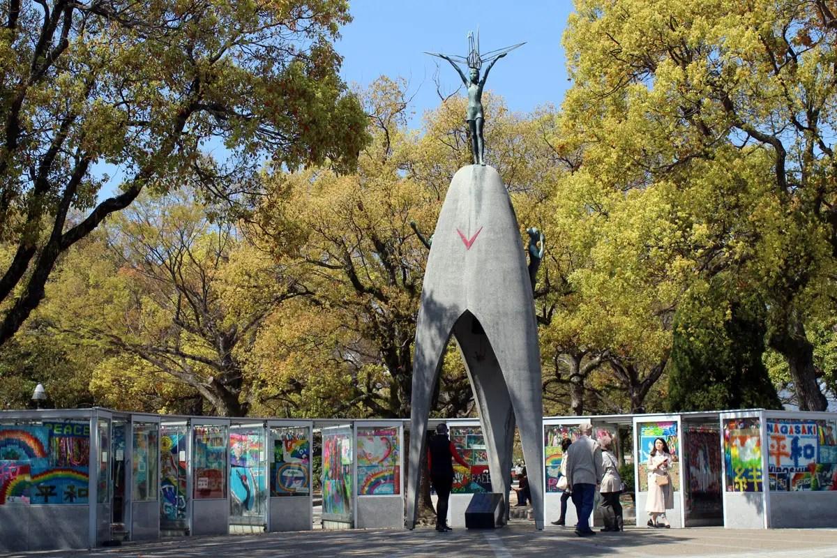 Das Kinderdenkmal ist ein Denkmal für den Frieden