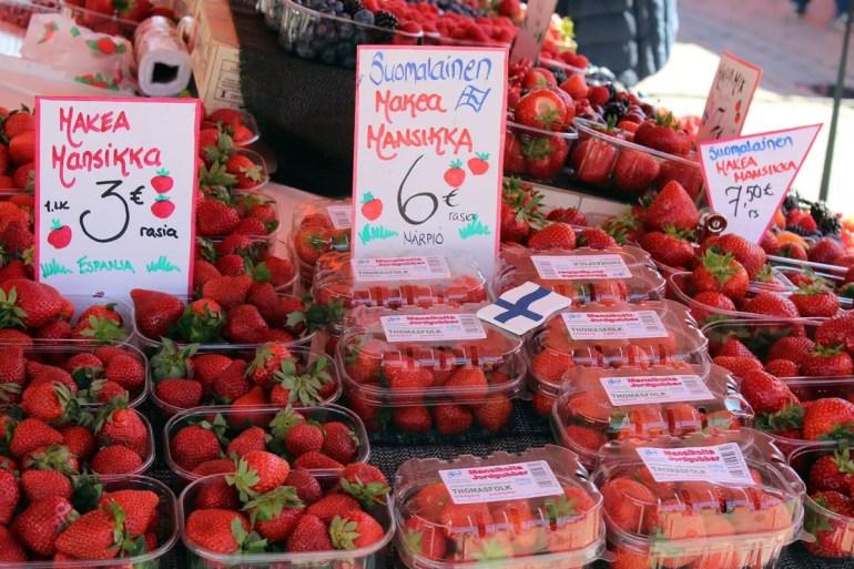 Frische Beeren auf dem Marktplatz