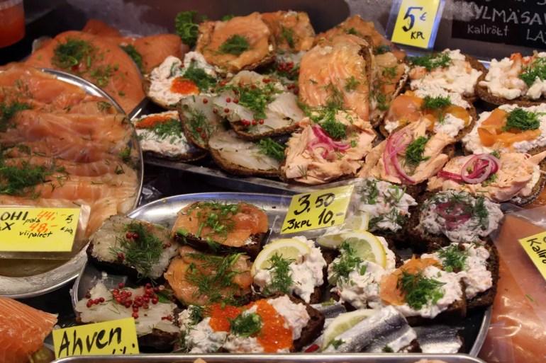 In der Markthalle bekommst du frischen Fisch