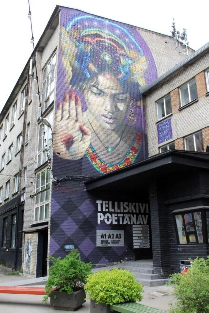 In Tallinns Kreativviertel Telliskivi findest du viel Streetart