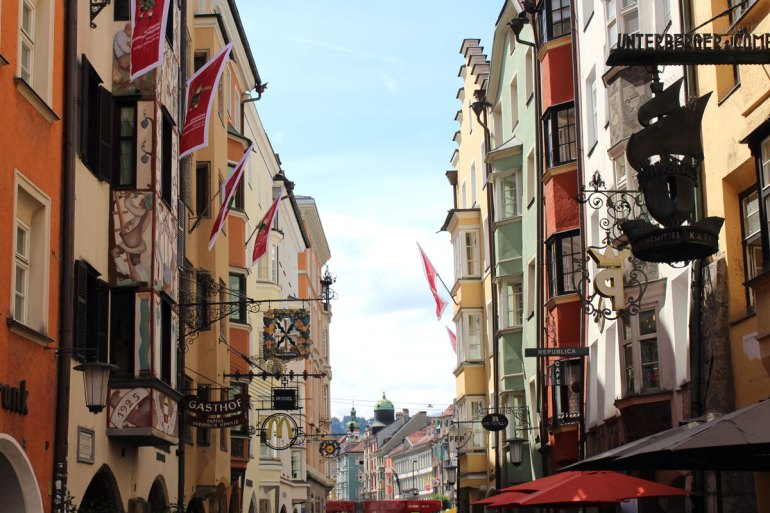 Die buten Fassaden der Altstadthäuser